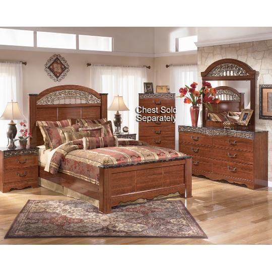 Clearance Fairbrooks 4 Piece Queen Bedroom Set Future