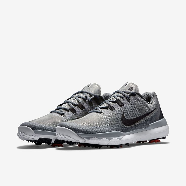 Nike TW '15 Men's Golf Shoe.
