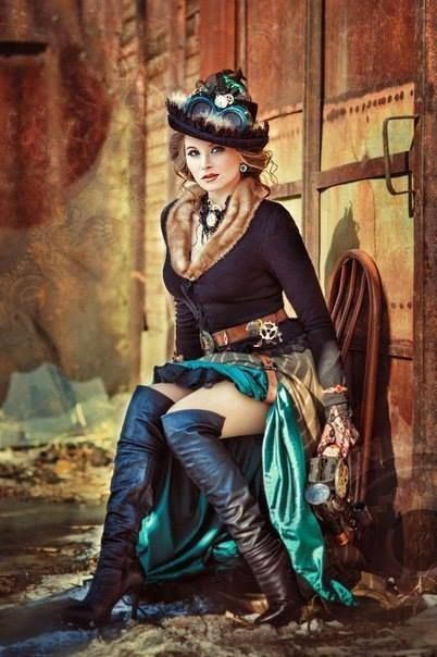Russian Steampunk Cosplayer in Fur Trim - For costume tutorials, clothing guide, fashion inspiration photo gallery, calendar of Steampunk events, & more, visit SteampunkFashionGuide.com