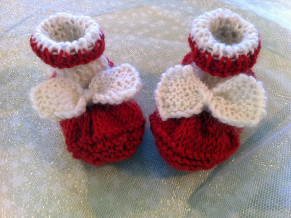 Baby KittyKnitted baby shoes/Mary Janes Handmade by BubBoots, $24.95