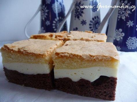 Gurmánka » Tvarohový koláč tříbarevný, příjemně vzpomínkový