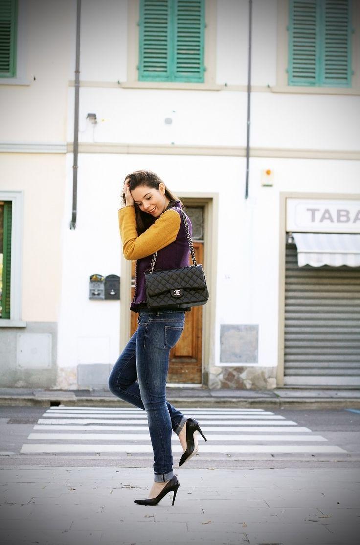 fashion blogger outfit colors jacket denim and details www.ireneccloset.com