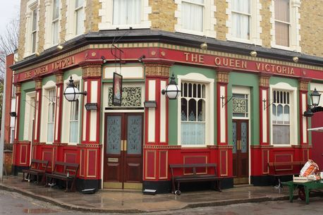 Eastenders-The-Queen-Vic.jpg