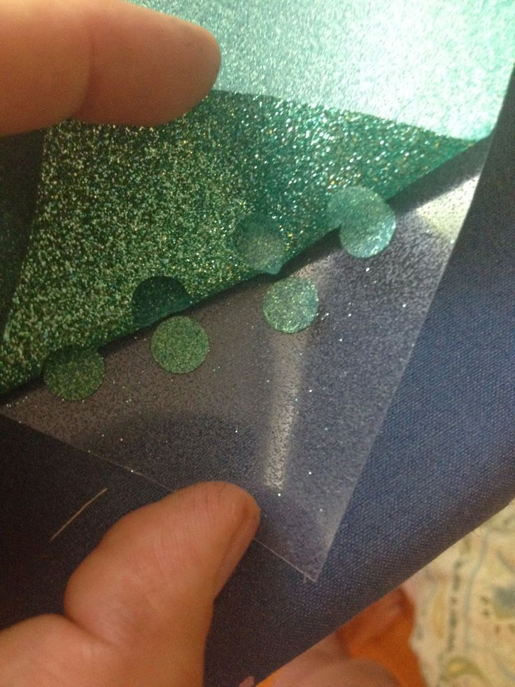 Glitter Heat Transfer Vinyl HTV cut settings for silhouette   These are the best settings blade depth 5, thickness 17