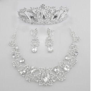 Комплект -тиара, ожерелье, серьги