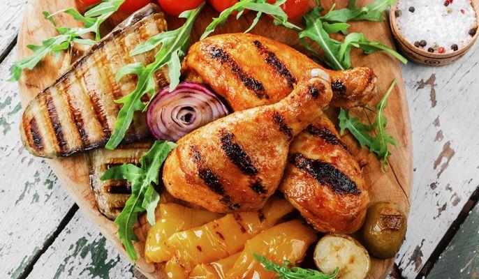 Ahora que llega el buen tiempo, ya estamos pensando en preparar barbacoas con familiares y amigos. Tenemos las mejores recetas para ti...