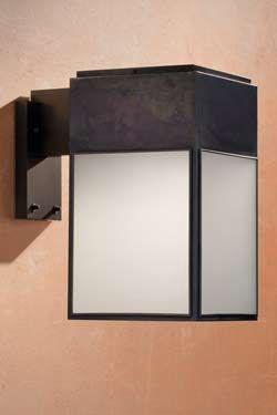 Applique d'extérieur en bronze cubique verre sablé. Nautic by Tekna.