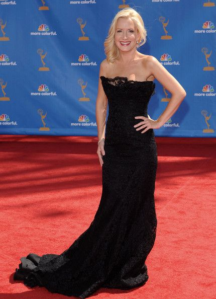 Angela Kinsey Evening Dress - Angela Kinsey wore a strapless gown with softly fluted skirt, which highlights a delicately ruffled neckline all made of re-embroidered lace.