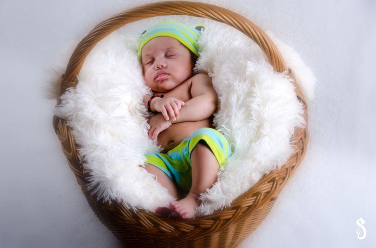 #babyshoot #smile #cute #baby #portrait #fotoshoot #fotografie #photography #photoshoot #sweet #sandraakjespics www.sandraakjespics.weebly.com