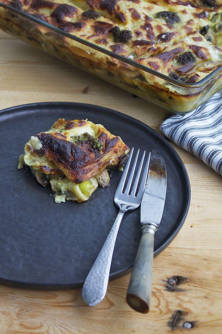 Svampelasagne // Mushroom lasagna with cale pesto