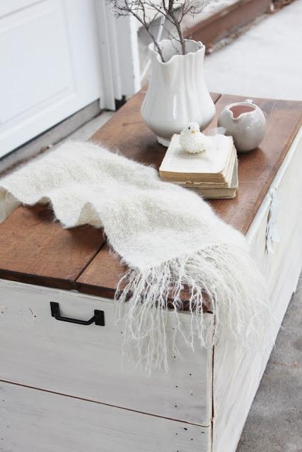 1000 Ideas About Farmhouse Coffee Tables On Pinterest Diy Coffee Table Build A Coffee Table