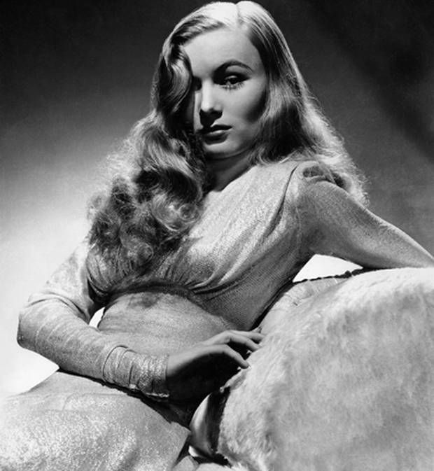 Glamour Veronica Lake represents the golden age of Hollywood.