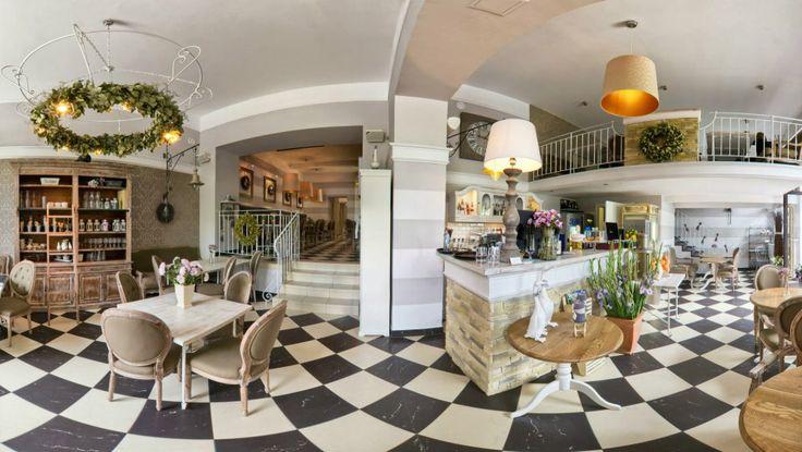 Cafe & Restaurant Dobry Rok Częstochowa, Aleja Najświętszej Maryi Panny 79