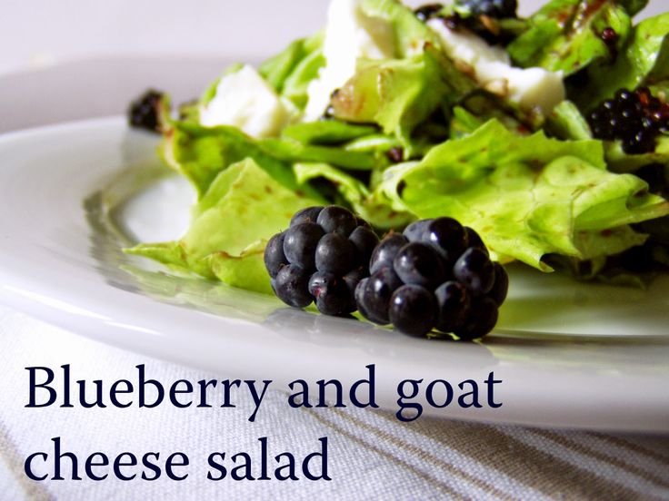 TynaTyna: Blueberry and goat cheese salad