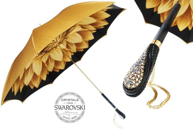 Niepowtarzalna parasolka Pasotti. Rękojeść wysadzana kryształkami  Swarovskiego.