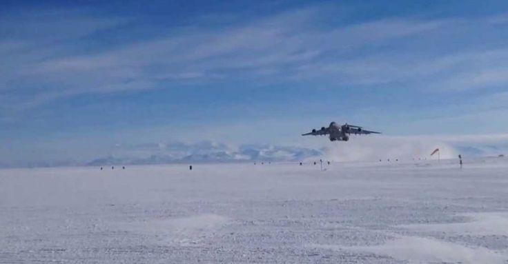 A pista da estação McMurdo, na Antártida, é apenas uma faixa de gelo, sujeita às variações climáticas do  continente