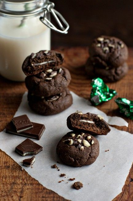Richly flavored and beautifully textured little chocolate mint cookies sweetened with Truvia Baking Blend.