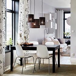 ensemble table et quatre chaises de salle à manger ikea