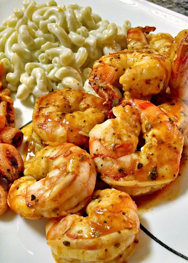 Kitchen Hoor | Roasted Buffalo Shrimp with Blue Cheese Macaroni