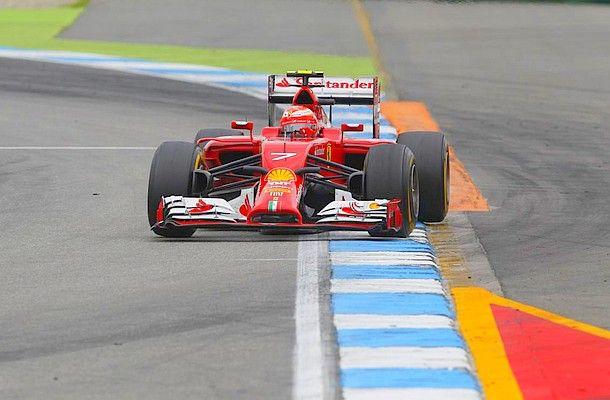 #KimiRäikkönen má pokračování u #Ferrari jisté.