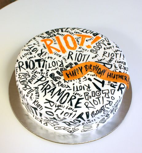 Someone.....PLEASE make me this cake for my birthday....