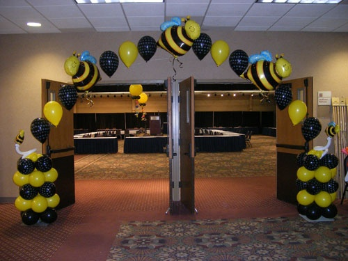 Balloon Arch With Bumblebees Bee DecorationsSpelling