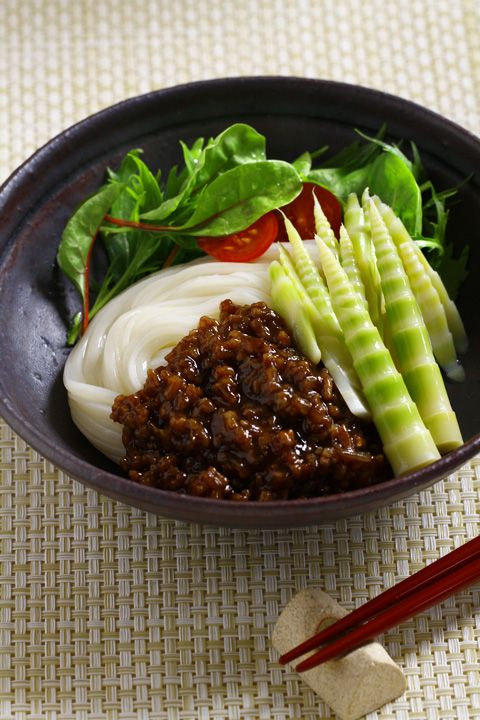 Japanese Style Zhajiangmian 日式炸醬麵 (Minced Pork Noodles) 稲庭ジャージャー麺 Inaniwa Udon Noodles