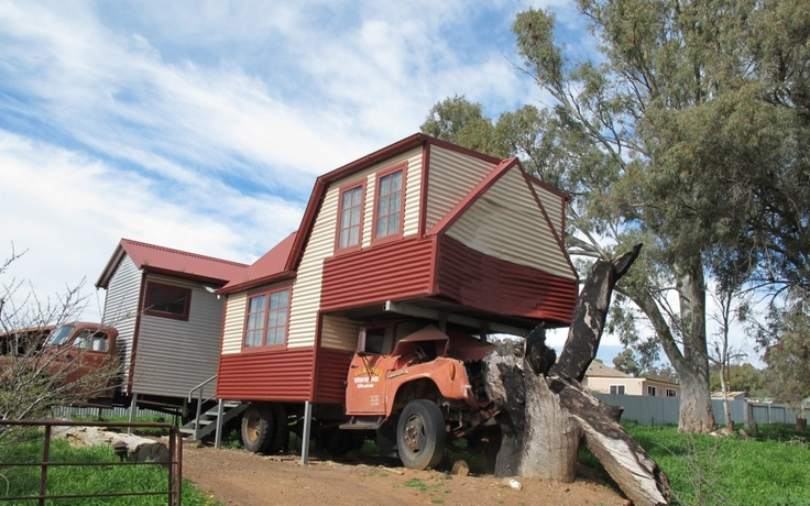 Non-mobile home. These people in South Australia specialised in making dwellings on artfully-posed wrecked vehicles.