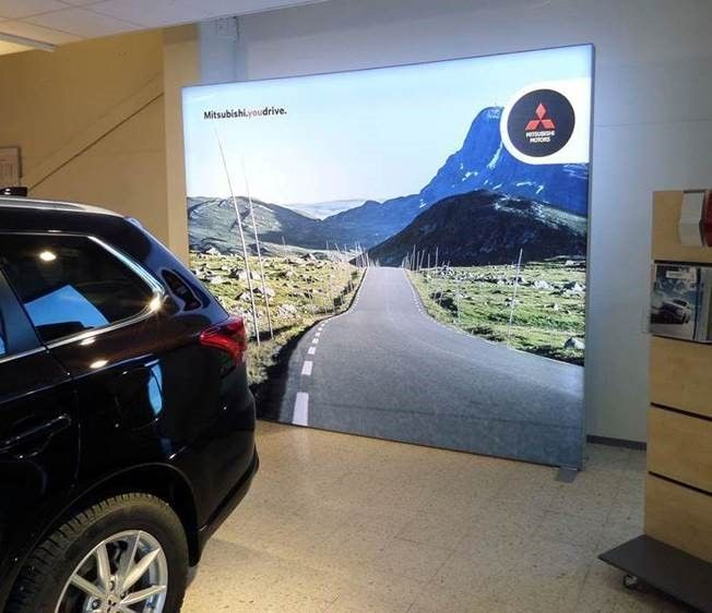 Best Lightboxes For Exhibits Retail Tradeshows Images On - Mitsubishi dealerships