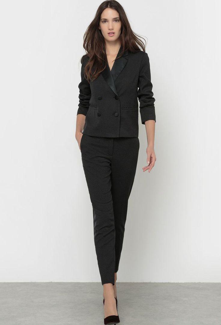 17 meilleures id es propos de smoking pour femmes sur pinterest tailleur femme et costume de. Black Bedroom Furniture Sets. Home Design Ideas