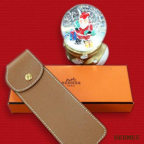 HERMES ペンケース。 クリスマスの贈り物にお手軽っぽい