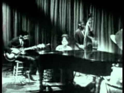 Nina Simone - Sunday in Savannah.wmv - YouTube