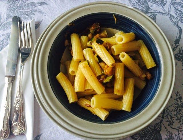 Comida Italiana ..por italianos: Pasta Calabacines y gambitas