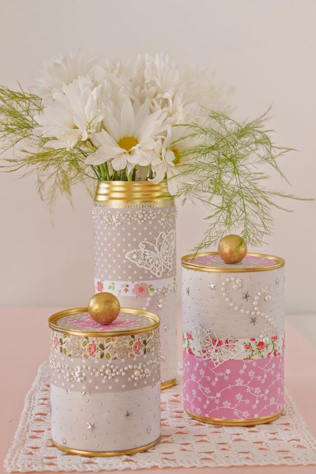 Make Your Own Washi Tape Storage   Decorating with Washi Tape by DIY Ready at http://diyready.com/100-creative-ways-to-use-washi-tape/