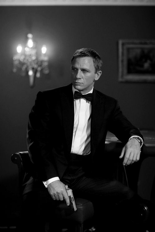 Daniel Craig (Bond) with a bow tie.