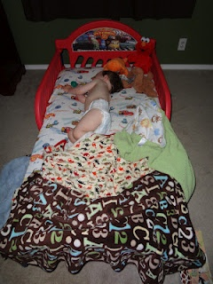 How to get your toddler to sleep in a big boy/girl bed!