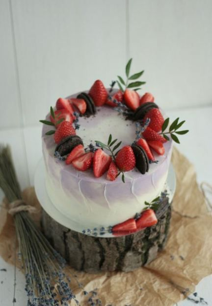Best Cake Decorating Ideas With Frosting Strawberry ...