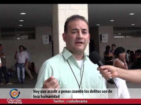VICTIMAS DEL CONFLICTO ARMADO DEBEN SER INDEMNIZADAS – CARLOS ALBERTO BAENA  http://miracolombiablog.wordpress.com/2014/08/06/victimas-del-conflicto-armado-deben-ser-indemnizadas-carlos-alberto-baena/