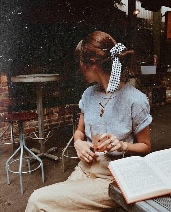 Lässiger femininer Wochenend-Stil
