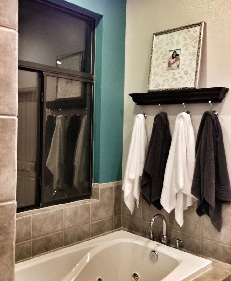 Turquoise bathroom accent wall ledge from pottery barn for Bathroom accent ideas