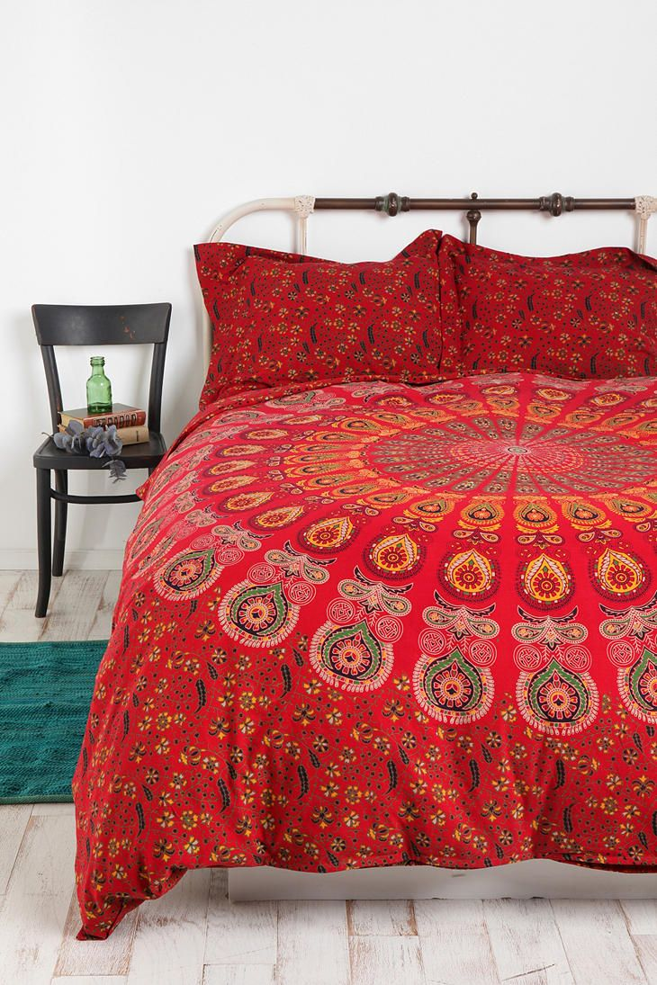 Black and red bed sheets - Tapestry Medallion Duvet Cover