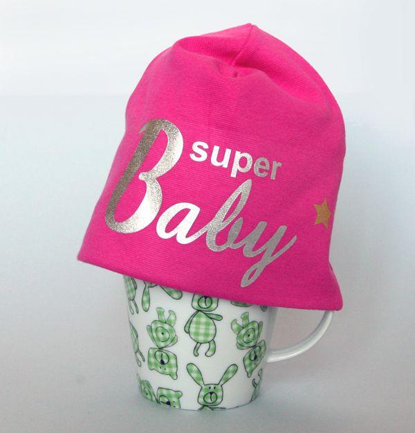 XS-kokoinen pipo kuuluu kaikkein pienimmille ihanille.   Super Baby -pipo 39,90 € (lokakuussa ilmaiset toimituskulut!) tai pikkupipo vauvan omalla nimellä tai lempinimellä 44,90 €.  www.mewe.fi