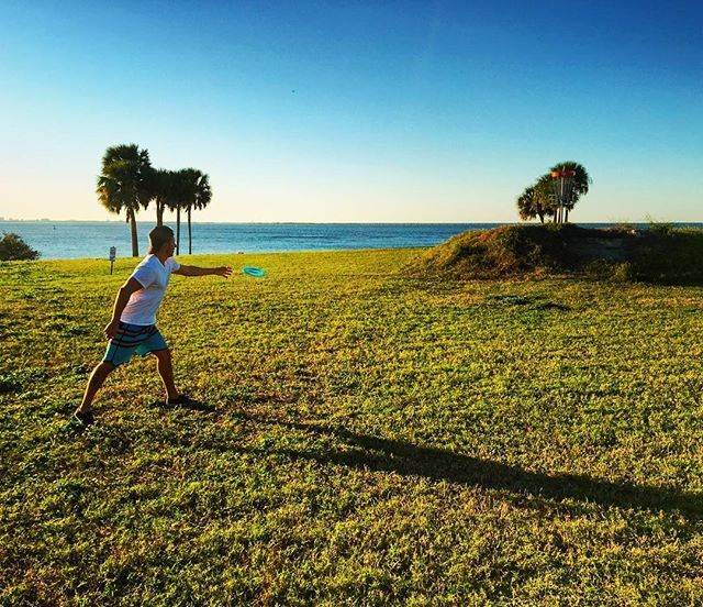 Way off with that throw. A little disc golf on a sunny day in #Tampa • • • • #Florida #FL #TampaBay #sunny #sunshine #discgolf #frisbee #active #stayactive #fun #outdoors #travel #travels #traveler #traveling #travelgram #travelblog #travelblogger #travelpics #travelphotography #instatravel #instalike #blue #green #clearskies by jarektravels. active #discgolf #frisbee #fl #tampa #travel #tampabay #travels #travelphotography #outdoors #traveling #instatravel #fun #sunny #green #florida…