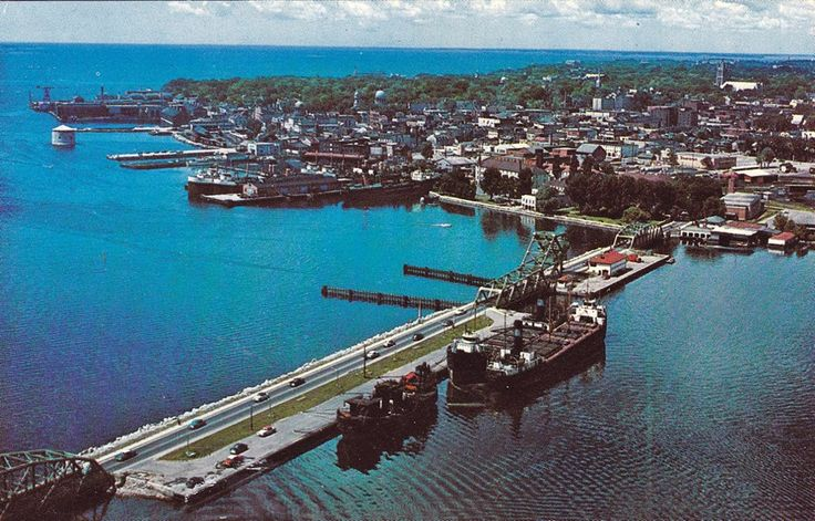 1950s aerial view of LaSalle Causeway and waterfront.