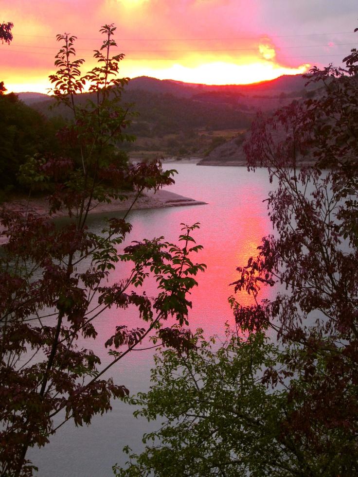 lago castreccioni (lago di Cingoli) -
