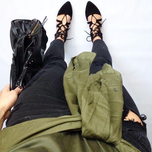 fwis outfit - Black lace up flats, black ripped jeans, khaki shirt, Balenciaga bag