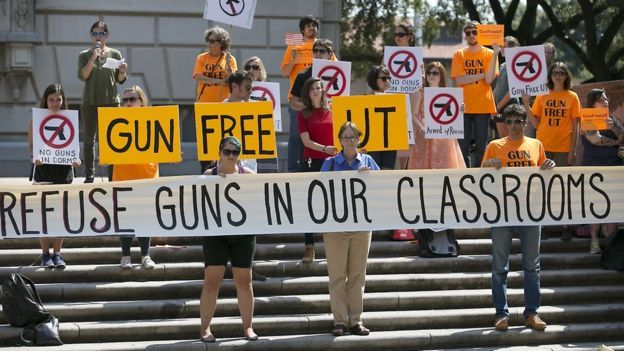 A new law has come into effect in the US state of Texas that allows students to carry concealed guns on campuses.