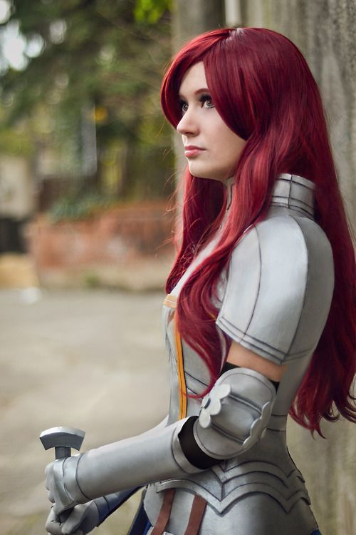 Erza Scarlet Armor Cosplay-I really want to do this!!