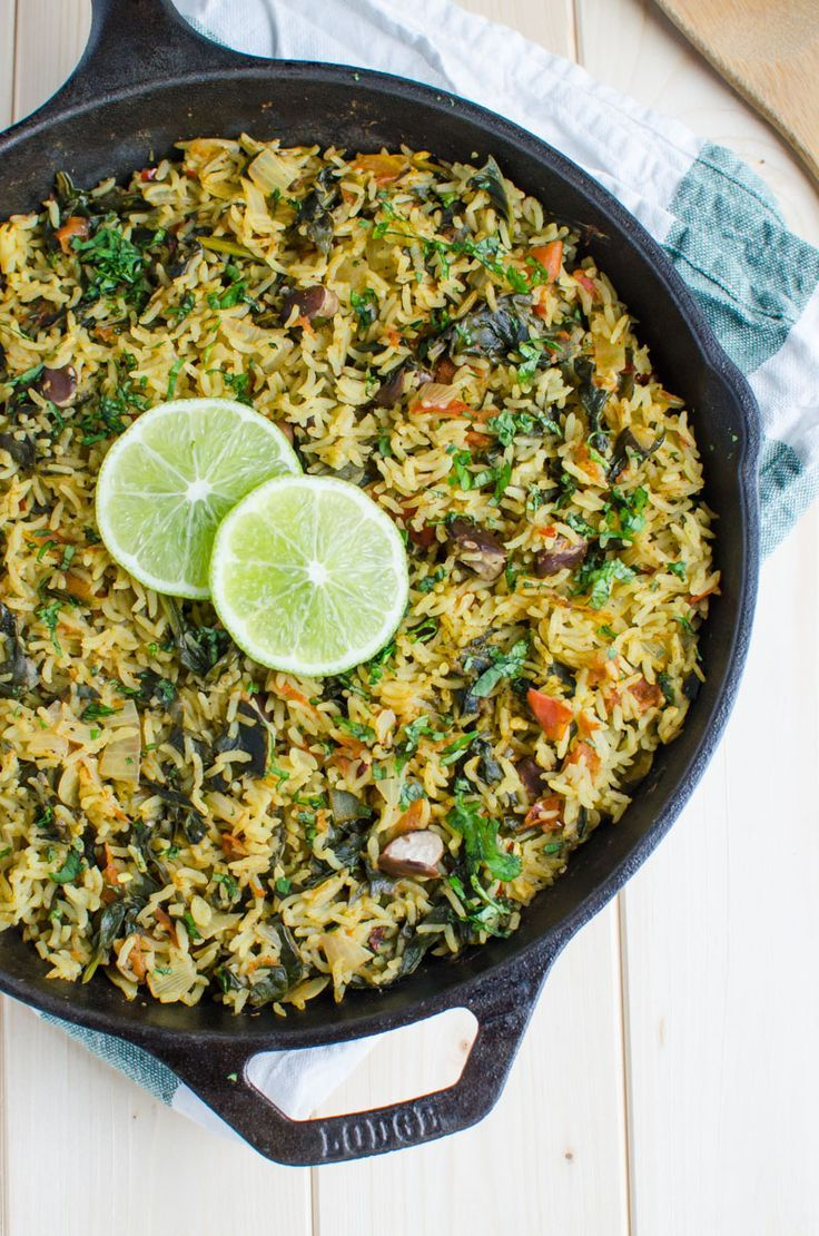 Healthy spinach rice loaded with proteins, fibers and vitamins. It is a one pot meal that takes about 30 min to prepare. Ideal for busy times.