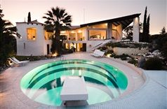 Villa Kieta in Cannes, France | B&B Rental
